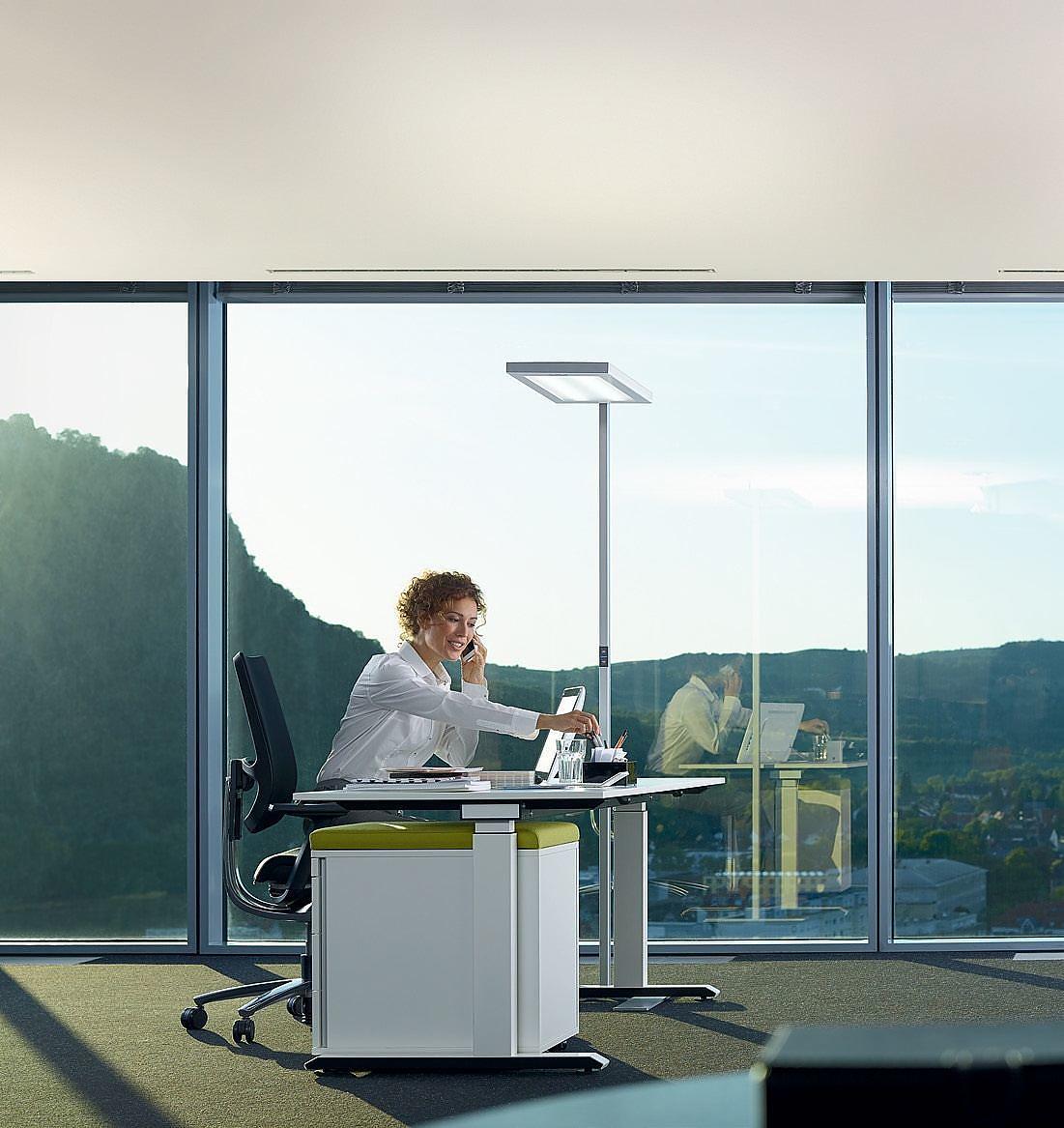 Goede kantoorverlichting is essentieel | EM-kantoorinrichting