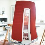 Fern Haworth bureaustoel rood achterzijde detail